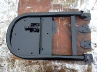 Кронштейн крепления запасного колеса на задней двери УАЗ Патриот